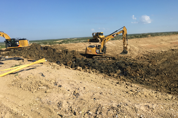 Pit Installs & Cleaning Photo 2 | Terra Oilfield Services